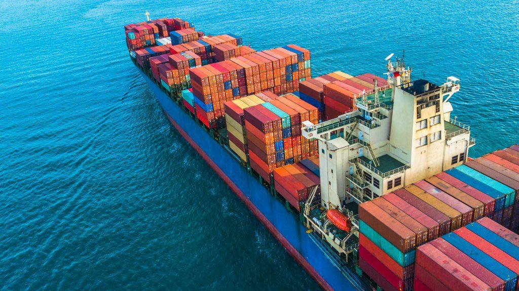 Surge in Import and labor shortage worsen LA-LB congestion